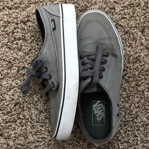 Vans Surf Style Skate Shoes